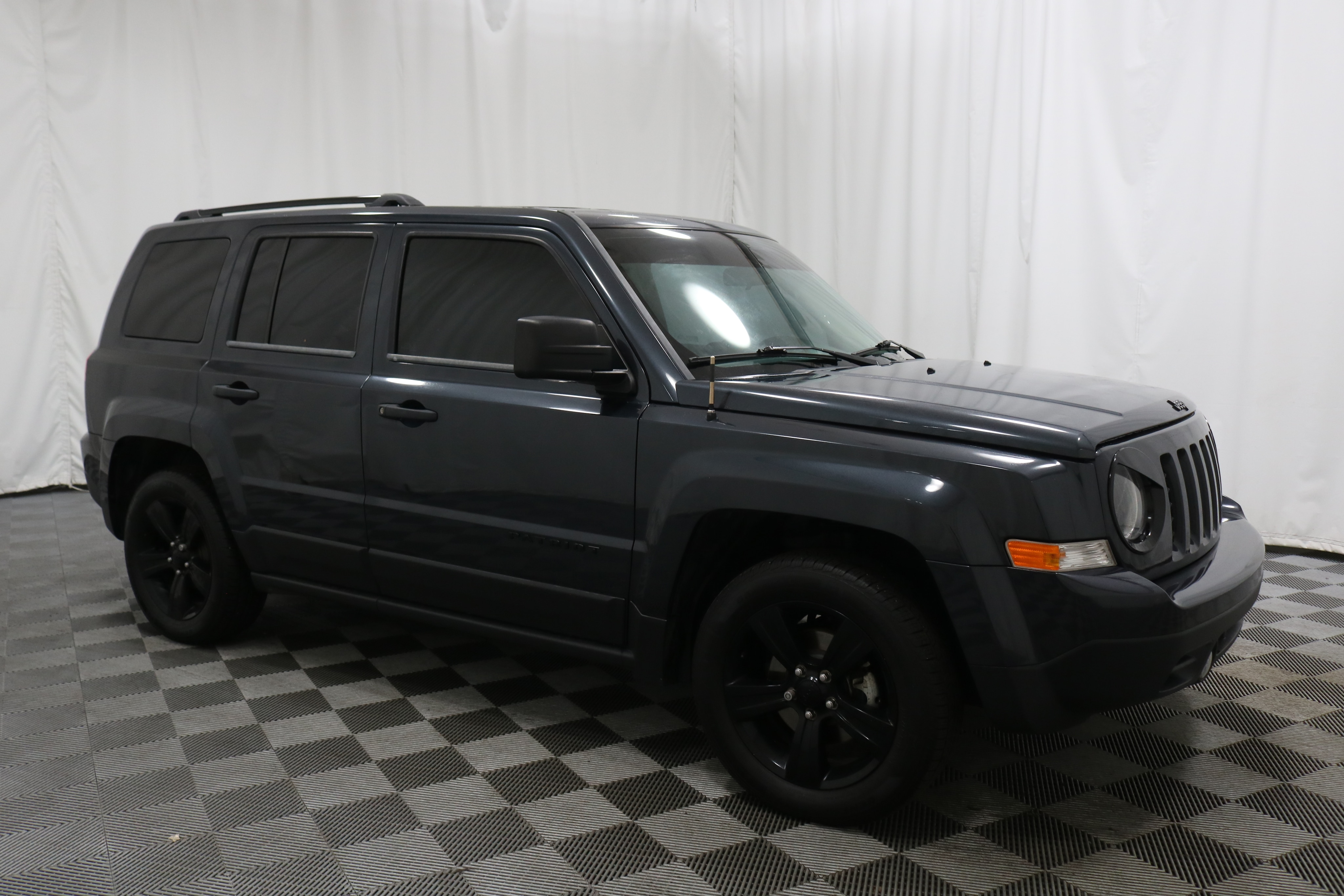 2014 Jeep Patriot Mpg >> Pre Owned 2014 Jeep Patriot Altitude Fwd Suv