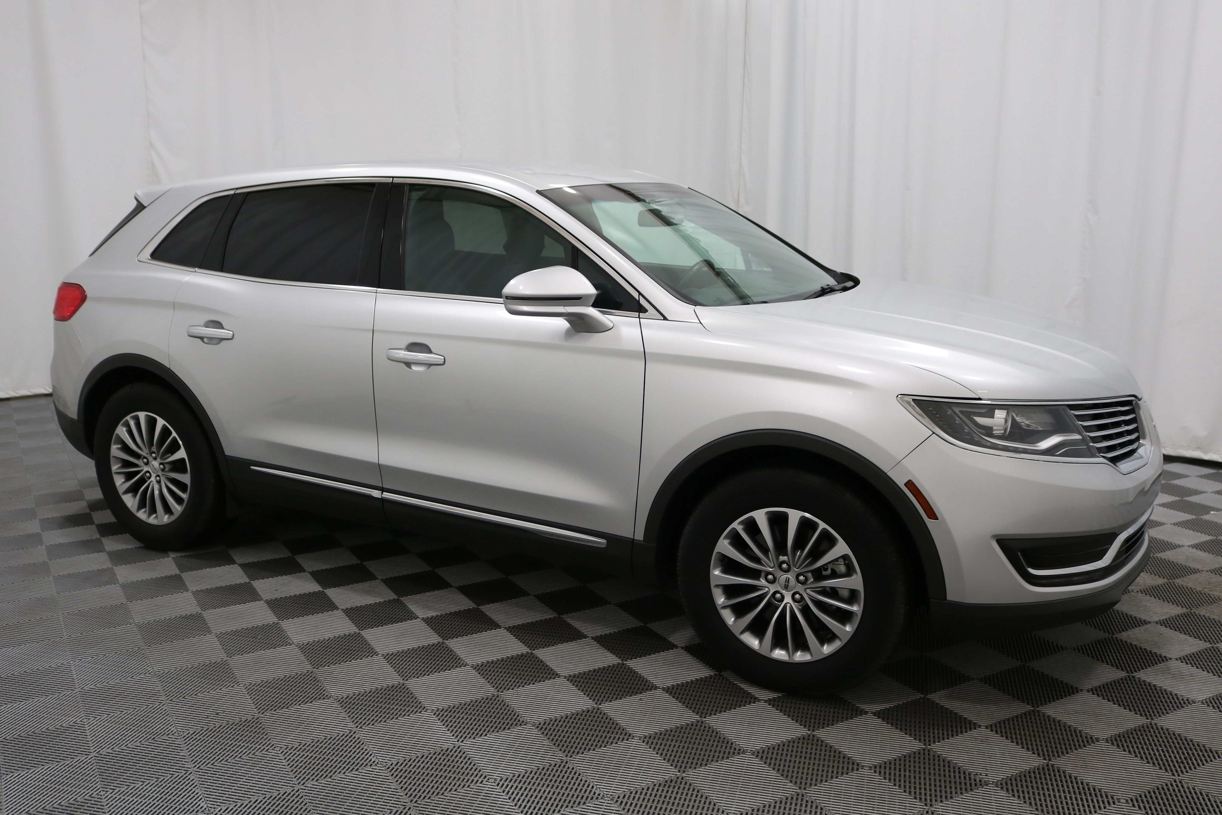 Pre Owned 2016 Lincoln MKX Select SUV in Wichita LP248