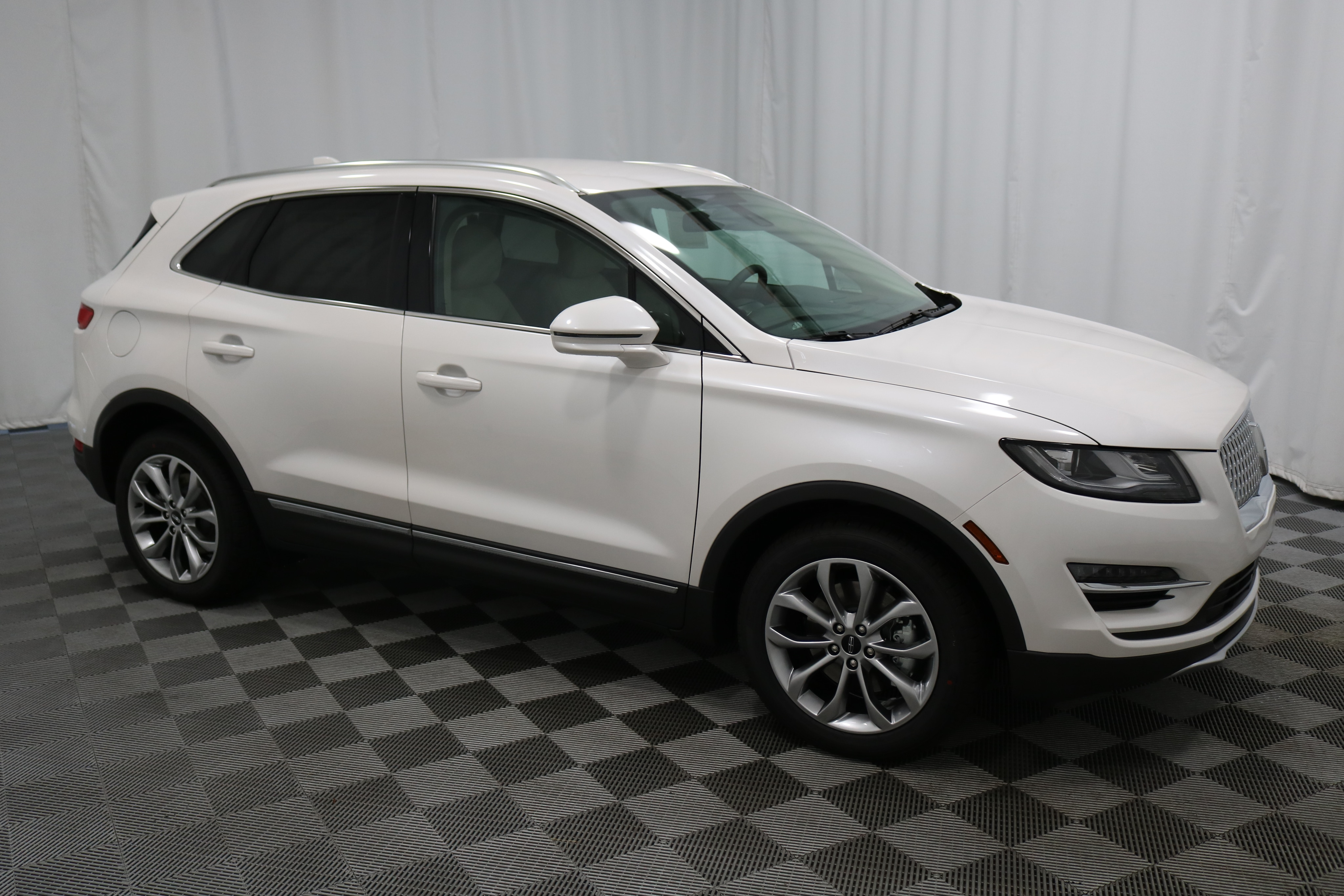 New 2019 Lincoln MKC Select SUV in Wichita L2089